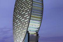 Dubai / by Karin Evans