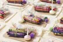 Hochzeit: DIY-Tipps und Geschenkideen / Deko-Tipps, Ideen für etwas andere Hochzeitsfotos, Gastgeschenke und noch viel mehr, finden Sie auf unserer Hochzeits-Pinnwand.