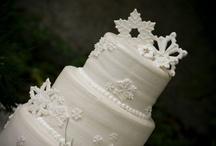 cakes / by Daniela Grassi