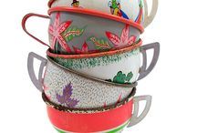 Kitchenware / I love colour but I also love vintage patterns and designs from the 30's through to the 70's.