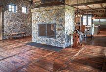 Podlahy, drevo, tehla...