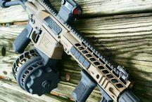 Amazing guns/knives