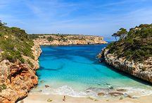 Las mejores playas de España / Te proponemos que este verano conozcas las mejores playas de España en las que disfrutar del paisaje. Tienes las mejores OFERTAS de costas españolas en http://www.viajes.carrefour.es/costas-espanolas