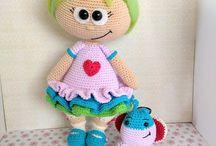 muñeca con mariposa