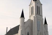 Churches / by Chantal Zebulon