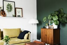 Decorating with Dark Green / Dark green is tipped to be one of colours of 2017 - we wanted to know which wood floors it works best with, and how to keep the look fresh and modern.