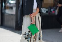 Midi skirt stylin ideas / fun ways to style a midi skirt from Auckland personal stylist Caitlin from Chasing Cait