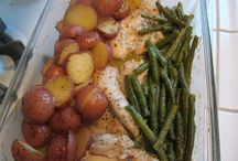 One Pot/Pan Dinners / by Lindsay Wessell