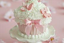 Cupcakes / by Paulina Lopez Celebridad