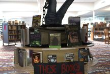 Gresham Library displays extraordinaire! / Gresham Library makes great displays. Check 'em out. Then check out some books at your library!