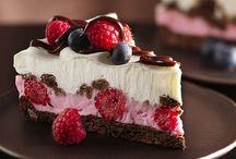 Yummy Treats / by Laura Birney