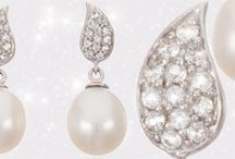 Pearl Earrings / A board of pearl earrings - for the pearl lover . Earrings you can wear on your wedding day and keep for years to come reminding you of your wonderful day. #pearlearrings #bridal pearlearrings