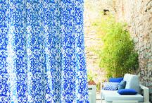 Casamance - Cala Rossa In&Outdoor / Gran colección de telas para exterior con estampados espectaculáres.   Con gran resistencia a la luz intensa, al cloro o agua salada sin variación del color original.