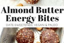 Paleo Healthy Snacks Recipes / Clean eating and paleo snack recipes for kids and adults alike! Easy, healthy snacks recipes that are perfect for on-the-go or when you just need a little something to beat the hangries.