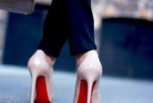 Shoes / by Rosanna Choi