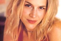 JULIE BENZ / Julie Benz born may 01, 1972 in pittsburgh, pennsylvania, usa