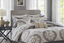 Comforters and bedspreads for dorm or guest room / Decorating the dorm or guest room