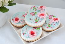 Cookies / by Rosan Bakker