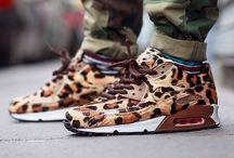 Sneakers L.O.V.E