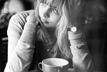 В кафе