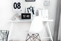 Arbeitszimmer / Arbeitsplatz