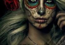 Sugar skulls / by Erica Moncada