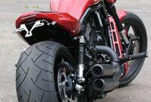BIKES- Harley D_V ROD