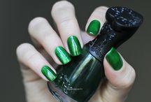 Nfu-Oh / Nail polish swatch