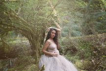 Maternity Photography / Inspiration for maternity photography in studio and outdoors