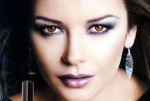 Catherine Zeta Jones - awesome beauty / by Linda Swoboda