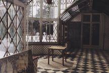 стеклянный домик