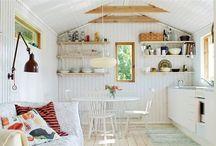 Shacks and cabins / by DIY Runaway