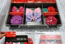 Kotak Perhiasan / Jual kotak perhiasan wanita, perlengkapan make up. Kini aksesoris anda tidak lagi berantakan, simpan semuanya di box multi fungsi ini :)