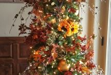Thanksgiving Tree Ideas / by Southern Charm Wreaths