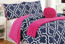 Bedroom Ideas! / by Emily Brader