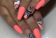 νύχια πορτοκαλί