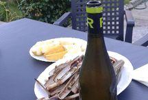 Maridajes / El vino de Bodega Cooperativa Rúa acompañado de exquisitos platos, preciosos paisajes, etc,...