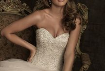 Gowns that SPARKLE / Bridal gowns with bling!