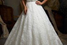 Look Fresh In The Dress / Dresses! / by Eternal Vows