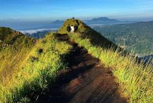 Mount Batur Day Time Trekking / Mount Batur trekking on daylight tour we create for you Bali traveler who want to do hiking in Mount Batur without weak up on early morning. Although without looking awesome sunrise, on day times the surrounding view from this volcano with altitude of 1.717 meter above sea level is keep beauty.