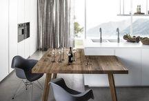 pult és asztal