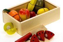 Náš Tip na darček / V tejto sekcií nájdete hračky, ktoré sa u nás najviac predávajú a o ktoré majú ľudia najväčší záujem. Výborná pomôcka na darček pre deti.