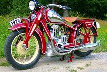 Bikes / Moppeds, Motorräder  / by Harley Dirk Bieder