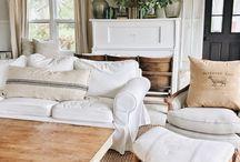 Cottage indoor decor