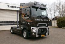 T RENAULT TRUCKS T / Trucks of the French brand RENAULT,T range series.