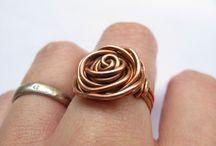 кольцо из проволки роза
