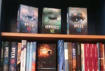 Dark Romance - Verboden Verlangen / Altijd leuk om als schrijver je eigen werk in de boekhandel tegen te komen!