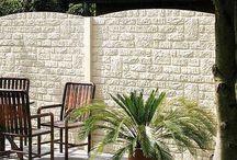 Gartenideen aus dem Haus & Gartenportal / Das Haus & Gartenportal bietet Natur- und Kunststoffsichtschutz in vielen schönen Formen an. Dazu kommen dekorative Gartenbauten und attraktiver Sonnenschutz