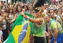 Carnaval da Lucero / vinda da Rainha,em fevereiro para as gravações de Carinha de Anjo. Fãs se uniram na paulista em uma só energia positiva,muita festa e muito samba. Lucero sambou com a gente!!!
