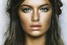 Summer Makeup / Bronze skin, pale lips and barely there eye makeup is the perfect summer look!